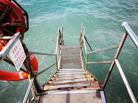 西環鐘声泳棚