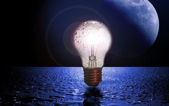 電力 電気 宇宙 海